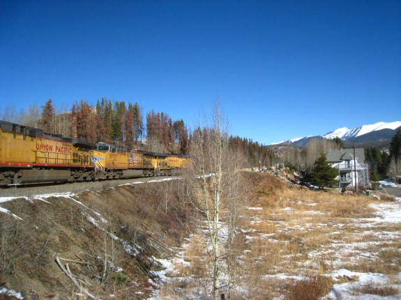 Love the Union Pacific rail.